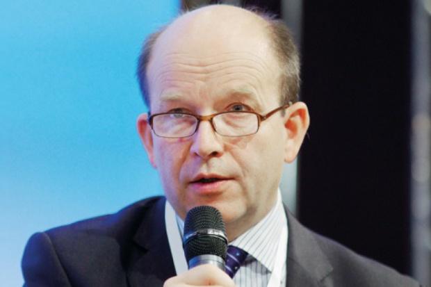 Konstanty Radziwiłł: Należy zmniejszyć obciążenie pielęgniarek i położnych pracą biurokratyczną