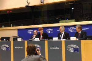 Stanisław Szwed: Propozycja ograniczająca okres delegowania pracowników nie do przyjęcia