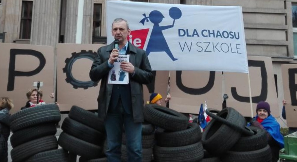 Reforma edukacji: Pracownicy szkół i nauczyciele w całej Polsce będą strajkować