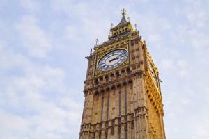 Rząd w Londynie zapowiada ułatwienia wizowe dla lekarzy i pielęgniarek
