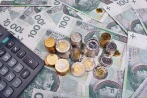 PiS ma pomysł na podniesienie pensji Polaków