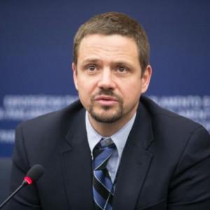 PO: Polska dyplomacja będzie zdominowana przez ludzi nieprofesjonalnych