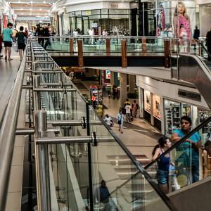 Cudzoziemcy nie będą mogli pracować w centrach handlowych