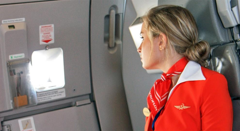 """Rosja. Stewardesy """"Stare, grube i brzydkie"""" przegrały proces o dyskryminację"""