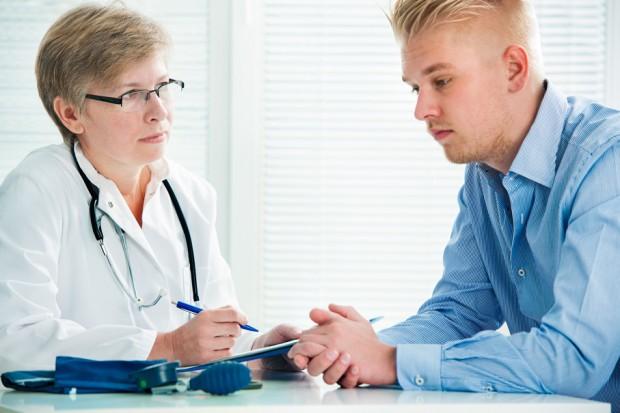 Tajemnica lekarska - kwestia etyki zawodu czy przepisów?