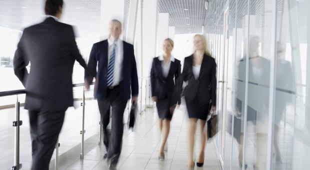 Równe płace kobiet i mężczyzn to podstawa w walce z dyskryminacją