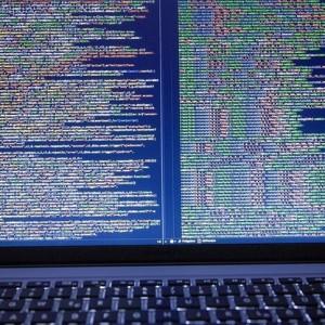 Brak ekspertów jednym ze słabych punktów walki z cyberzagrożeniami