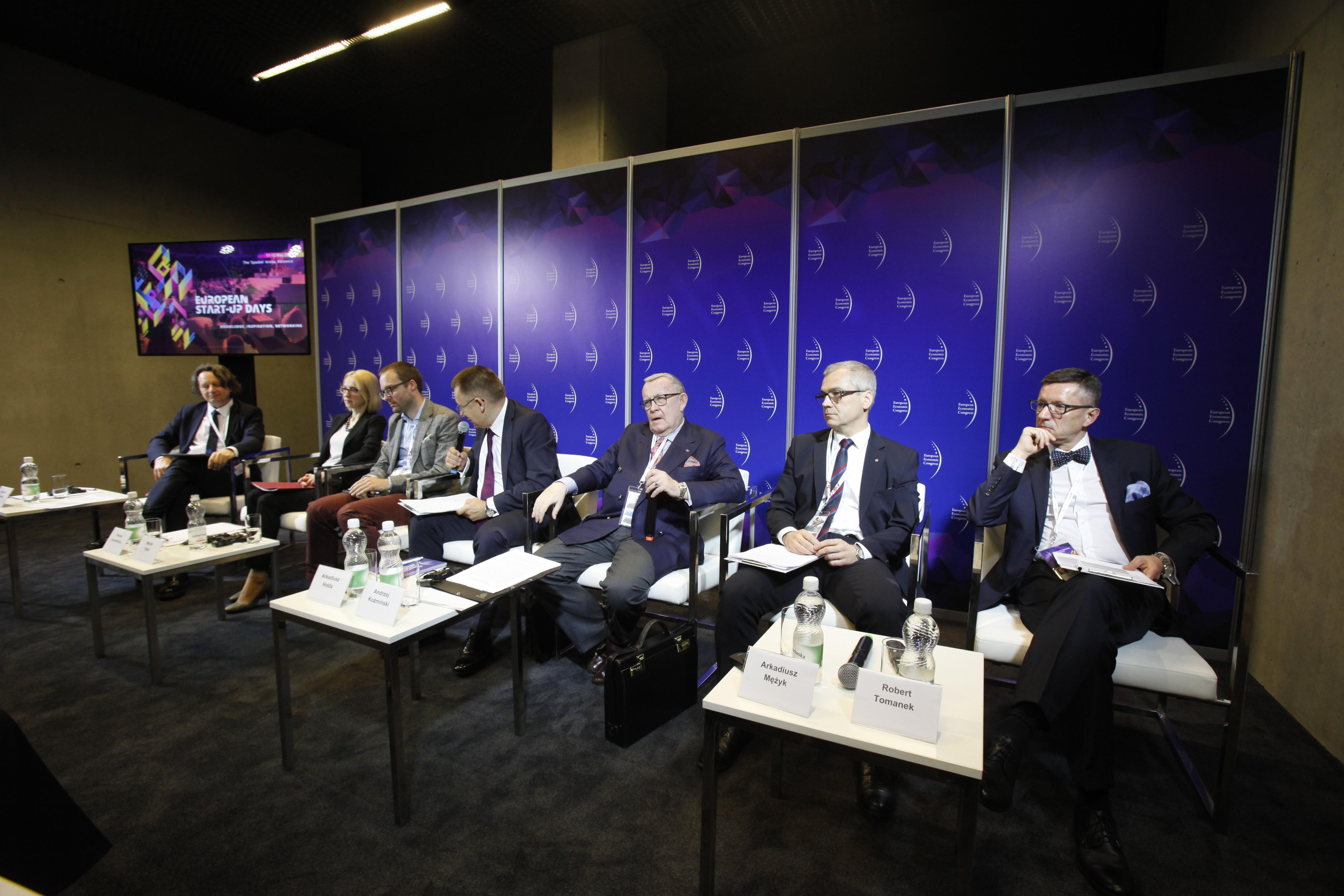 Zmiany w szkolnictwie wyższym były jednym z tematów dyskusji podczas IX Europejskiego Kongresu Gospodarczego w Katowicach. (fot. PTWP)