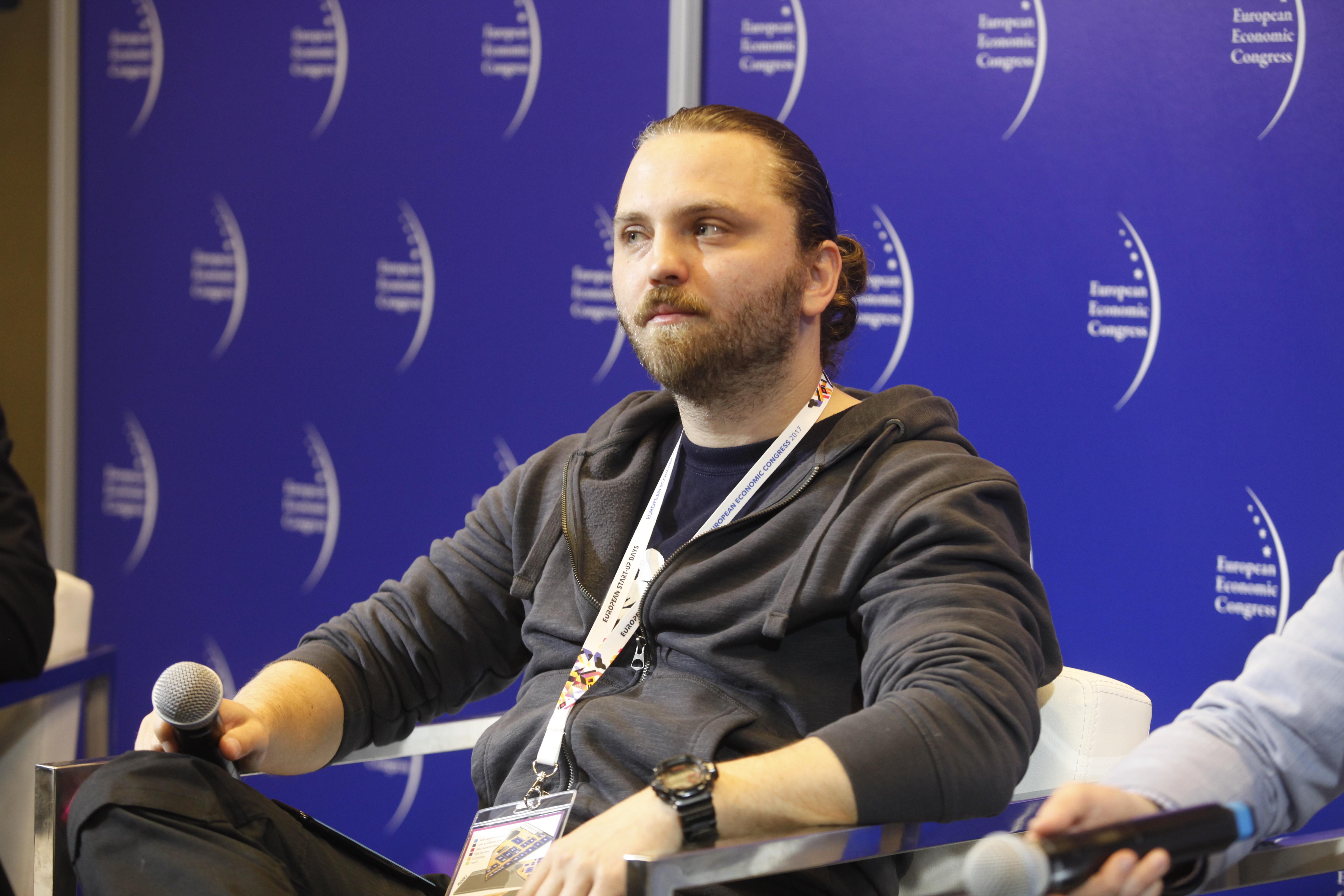 Polski gamedev, czyli producenci gier, ale też rynek graczy, jest dzisiaj największym przemysłem rozrywkowym na świecie - twierdzi Kamil Bilczyński, wiceprezes The Farm 51. (fot. PTWP)