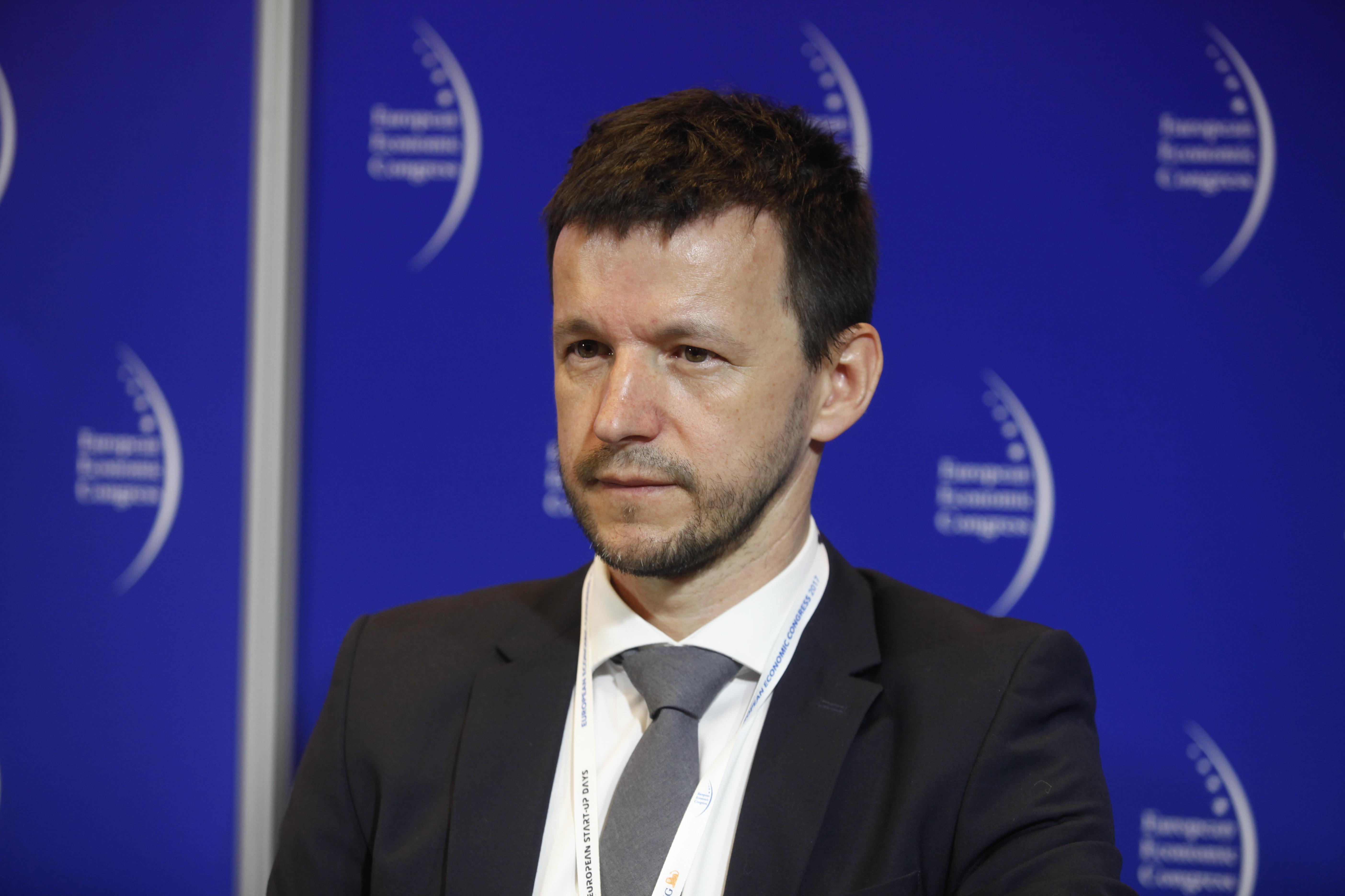 Nasze studia deweloperskie mierzą się z najlepszymi studiami na świecie - uważa Aleksander Szlachetko, dyrektor ds. rozwoju w ESL. (fot. PTWP)