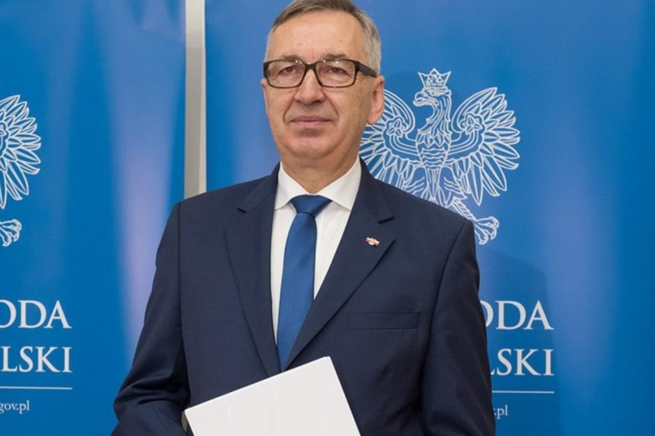 Stanisław Szwed zwrócił uwagę, że staże są dobrym instrumentem na rynku pracy, ale należy się zastanowić, czy są odpowiednio skuteczne. (fot. twitter.com/Stanislaw_Szwed)