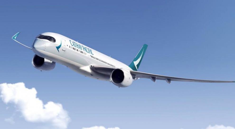 Linie lotnicze Cathay Pacific tną koszty. Chcą zwolnić 600 osób