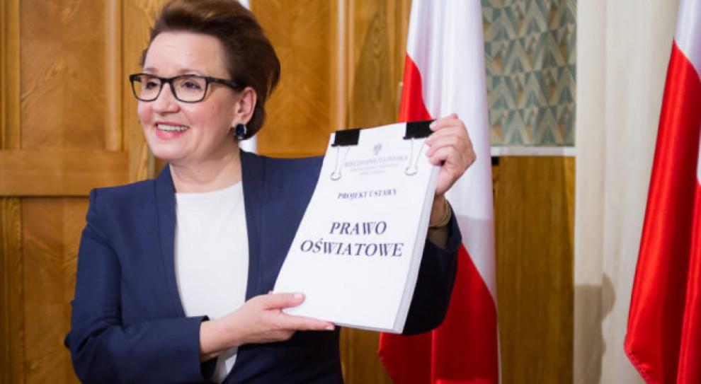 Anna Zalewska: Reforma edukacji została wdrożona. Nauczyciele przeszkoleni