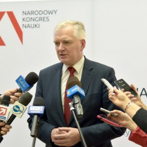 Jarosław Gowin: Strumień pieniędzy na B+R musi przepływać przez uczelnie