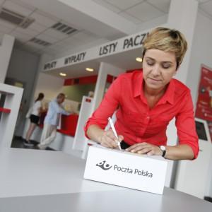 Niemal wszyscy pracownicy Poczty Polskiej dostaną podwyżki