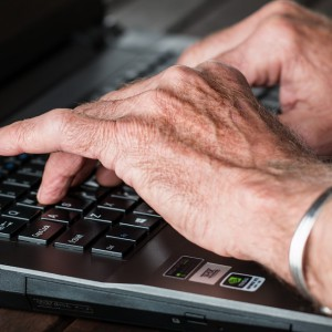 Wcześniejsza emerytura oznacza problemy na rynku pracy
