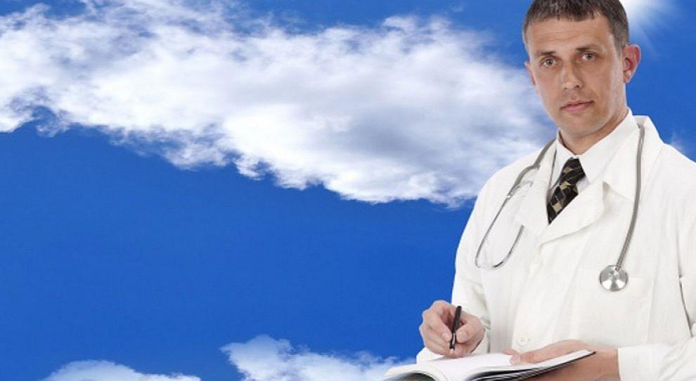 """""""Tani lekarze"""" sposobem na braki kadrowe w szpitalach"""