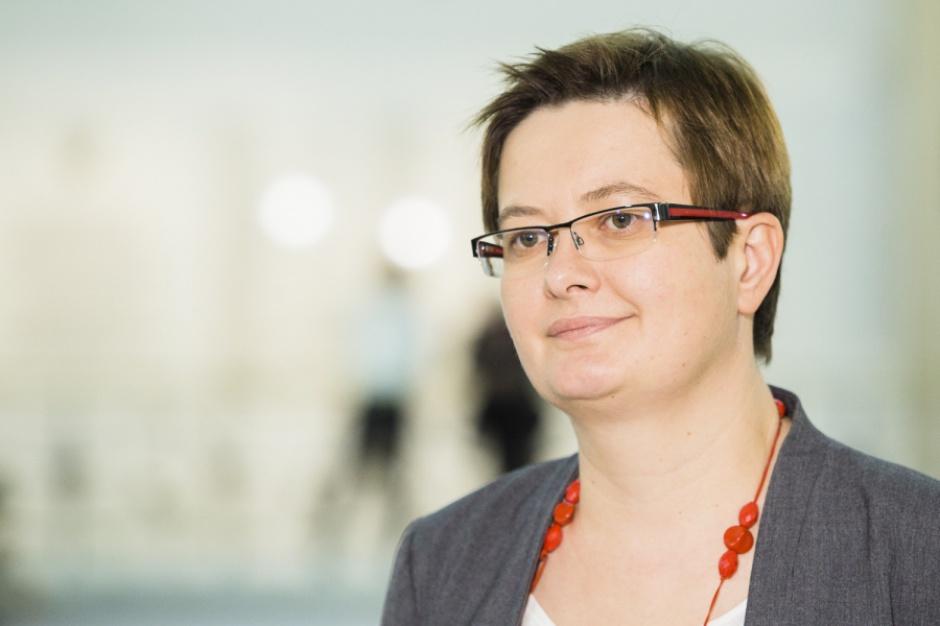 Będziemy mieli do czynienia z latającymi nauczycielami - mówi posłanka Nowoczesnej (Katarzyna Lubnauer, fot. nowoczesna.org)