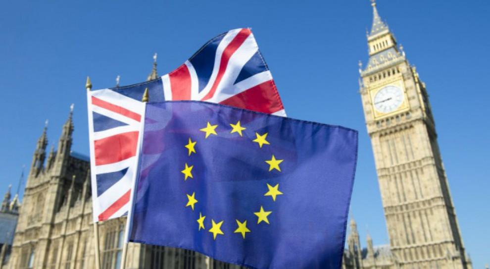 Wielka Brytania łagodnieje. Brexit nie zamknie rynku pracy na Wyspach