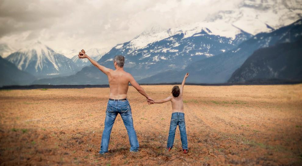 Urlop ojcowski, tacierzyński, rodzicielski. Czym się różnią? Komu przysługują?