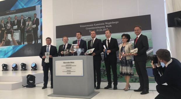 Fabryka Mercedesa ruszy w 2019 r., ale już szuka pracowników