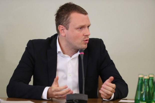 Macierewicz: Zatrudnienie Michała Tuska było ochroną dla Amber Gold