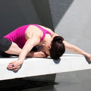 Joga i medytacja w pracy pomagają redukować stres