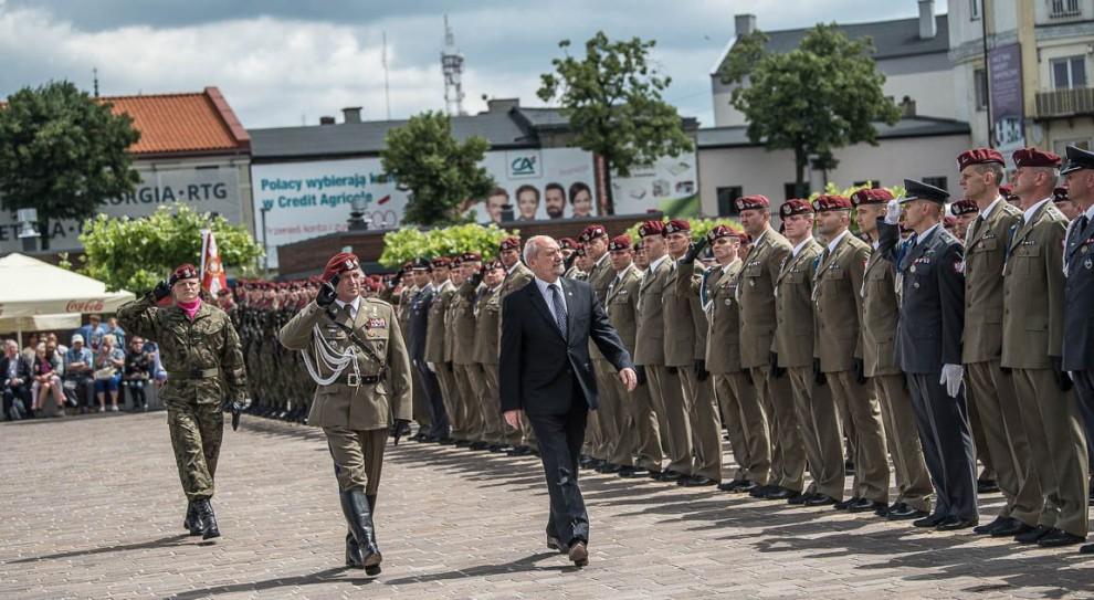 Będą nowe etaty w wojsku?