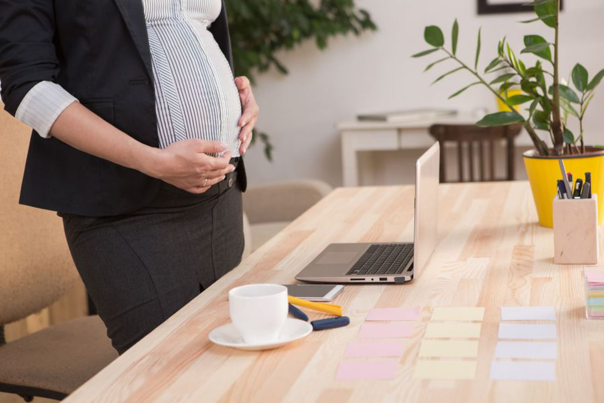 Kobiety w ciąży mają prawo do płatnych przerw