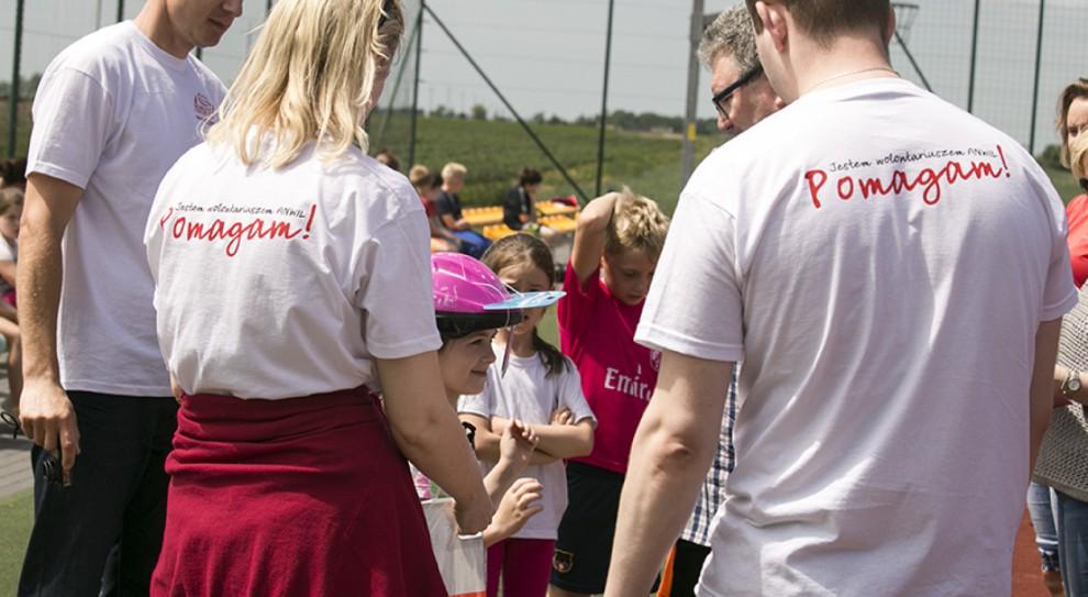 Pracownicy włocławskiego Anwilu po pracy zamieniają się w wolontariuszy. Firma ich w tym wspiera