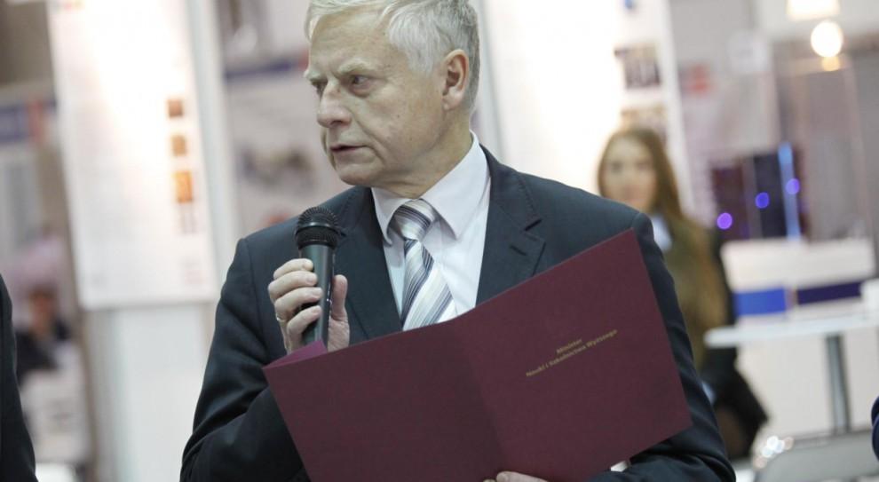 Program NAWA: Rząd chce ściągnąć naukowców do Polski. Gwarantuje pracę i dobre zarobki