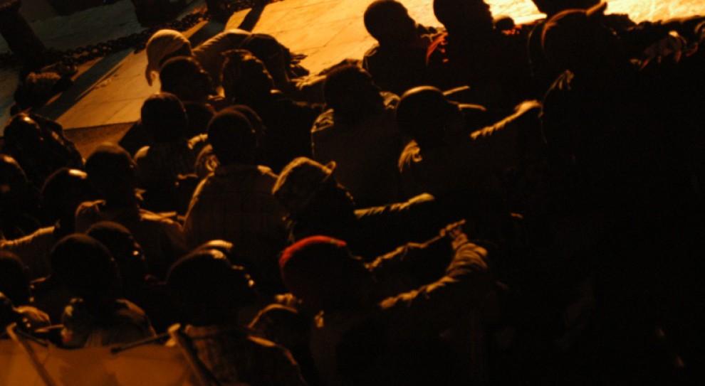Włosi tracą cierpliwość. Mogą wpuścić 200 tysięcy migrantów do Europy, z prawem do pracy