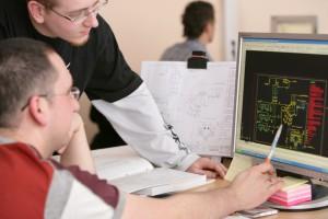 Ministerstwo daje pieniądze na szkolenie programistów