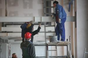 To już drugi taki miesiąc na polskim rynku pracy. Czy mamy powody do obaw?