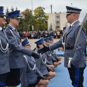 MSWiA doprecyzowało, jak traktować policję na służbie