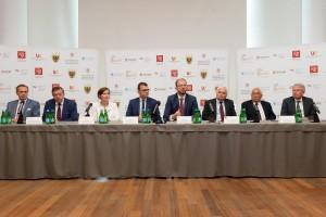 Pięć uczelni podpisało umowę z KGHM. Ministerstwo obiecuje stypendia