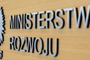 Ministerstwo Rozwoju akcentuje inwestycje jako lewar dla miejsc pracy
