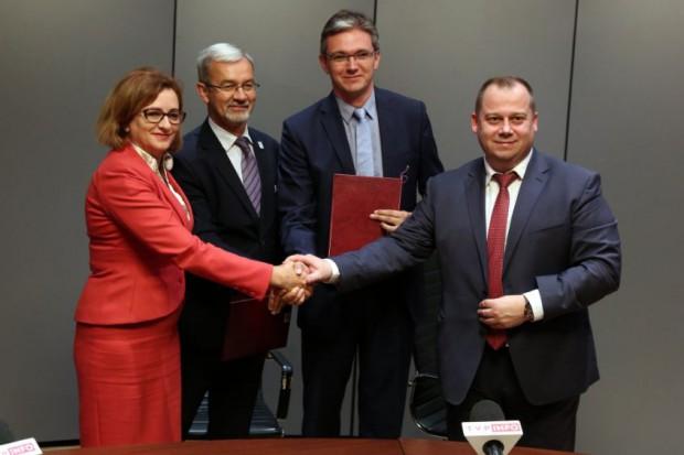 Ta umowa ws. wzmocnienia współpracy szkół z pracodawcami