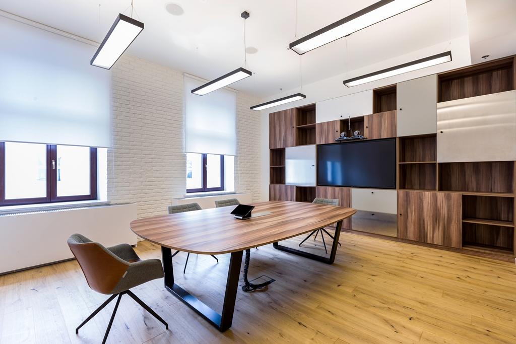 Odchodzi się od klasycznego modelu i tworzy się biura tak, aby zachęcały do większego ruchu.Fot. materiały prasowe