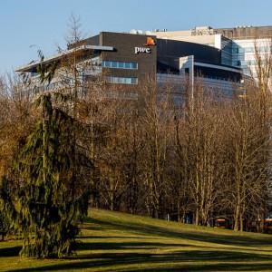 PwC zwiększa powierzchnię siedziby w Warszawie