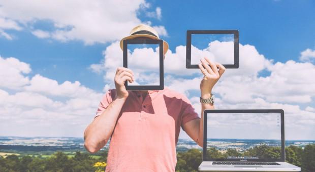 Pracujący lubią nowe technologie. Badanie Deloitte nie zostawia wątpliwości
