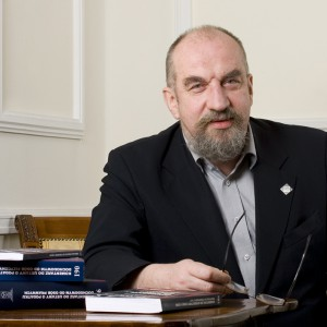 Prof. Witold Modzelewski: Konieczne są dalsze działania eliminujące nieuczciwą konkurencję