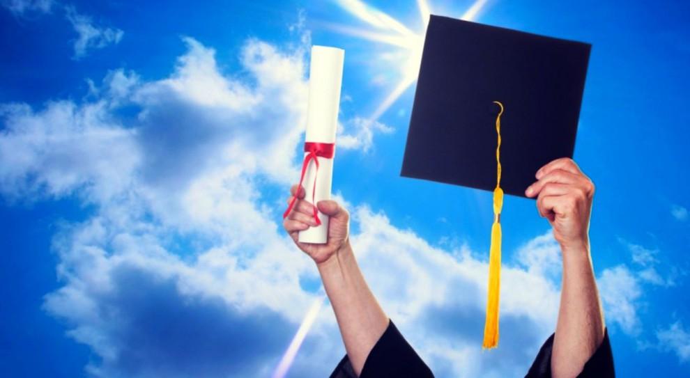 Najlepsze uczelnie na świecie, studia: Harvard, Stanford i Cambridge na podium. Jak wypadł Uniwersytet Warszawski i Jagielloński?