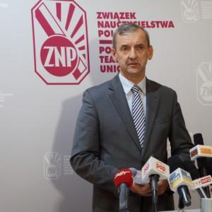 Broniarz: Reforma edukacji będzie kosztowała tysiące etatów i setki milionów zł