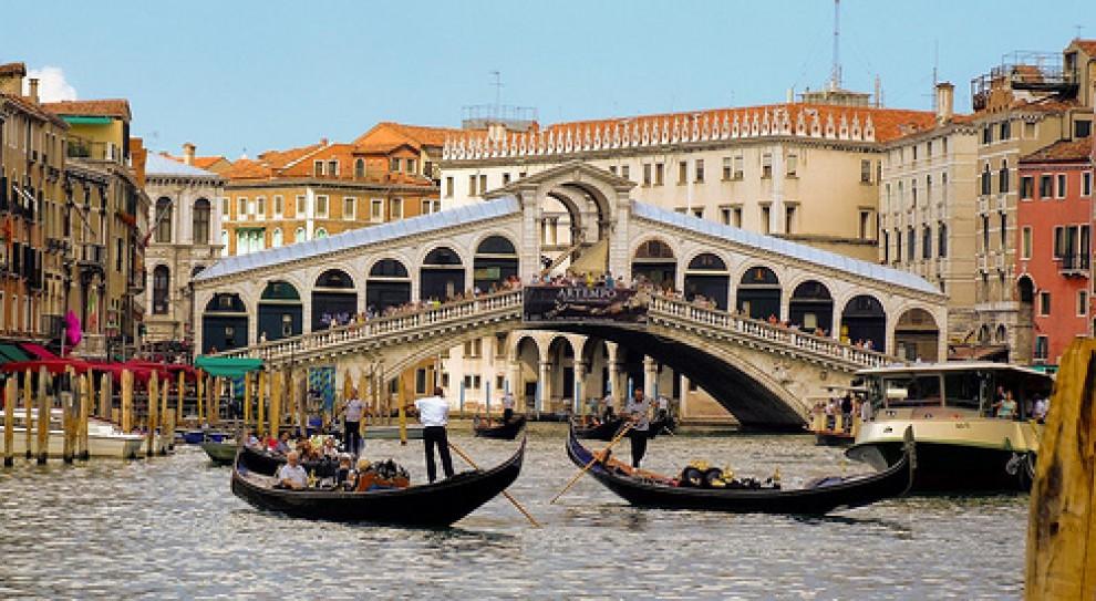 65 proc. młodych Włochów gotowych pracować za granicą