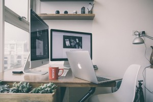 Praca na nieodpowiednim stanowisku może ci zniszczyć kręgosłup