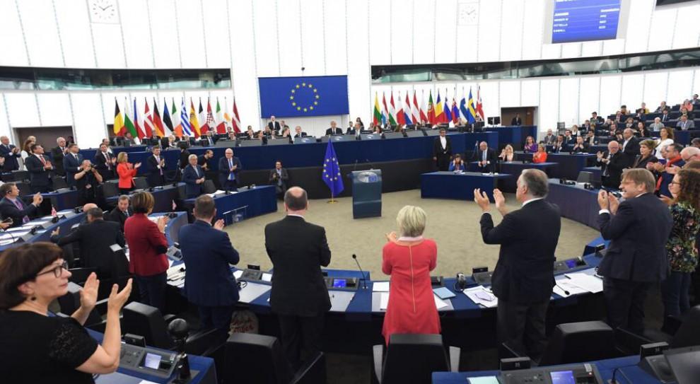 Uchodźcy: Unia Europejska będzie odsyłać imigrantów