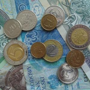 """Nawet 300 zł różnicy w wysokości świadczenia. RPO chce wyjaśnień w sprawie """"czerwcowych emerytów"""""""