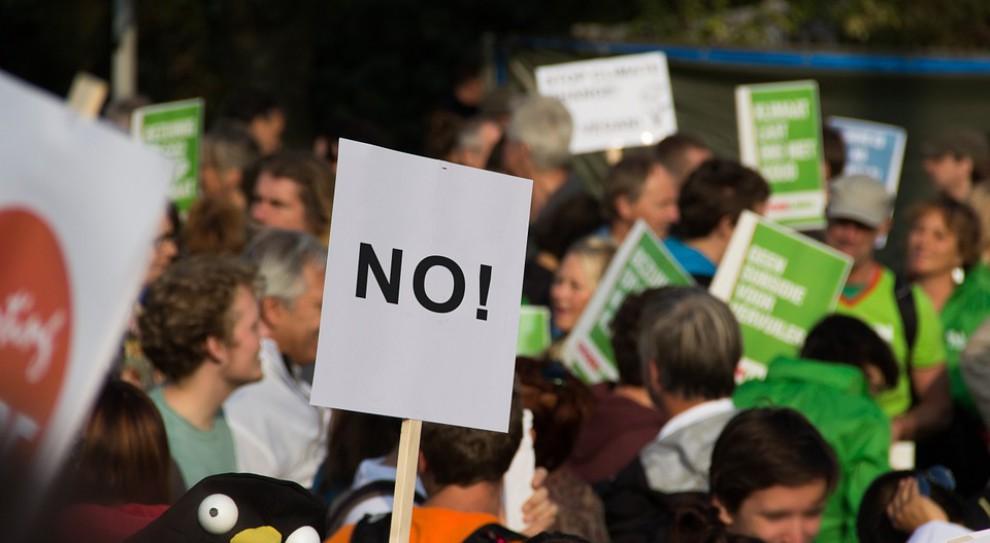 """Protest budżetówki we Francji: """"Burdel to Macron, a nie pracownicy!"""""""
