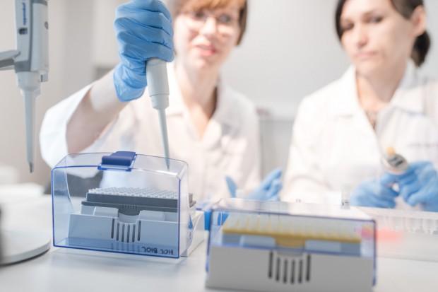 Kobieta w zawodzie naukowca. Stereotypy wciąż biorą górę?